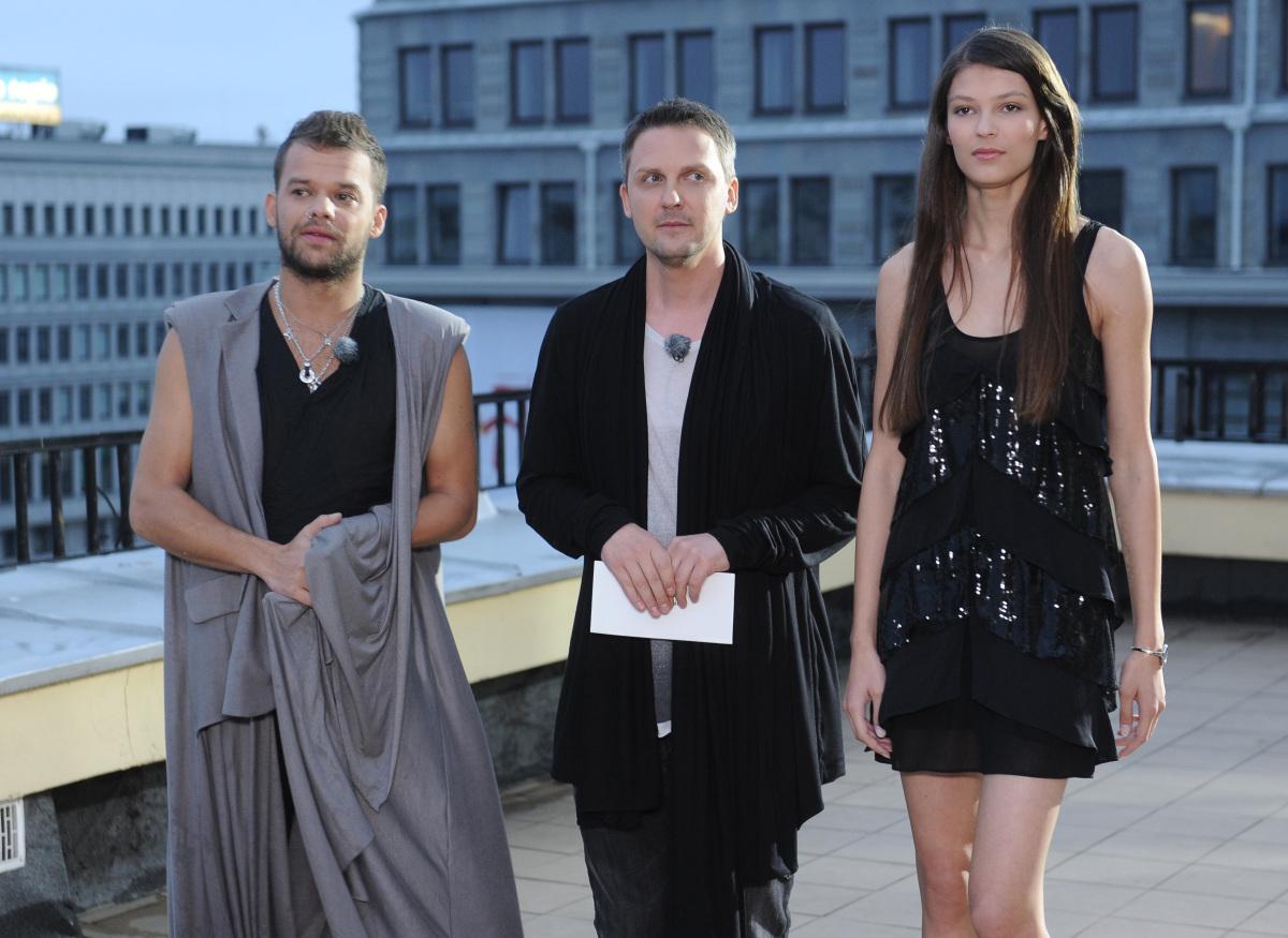 Mariusz Przybylski w towarzystwie Michała Piróga i top modelki